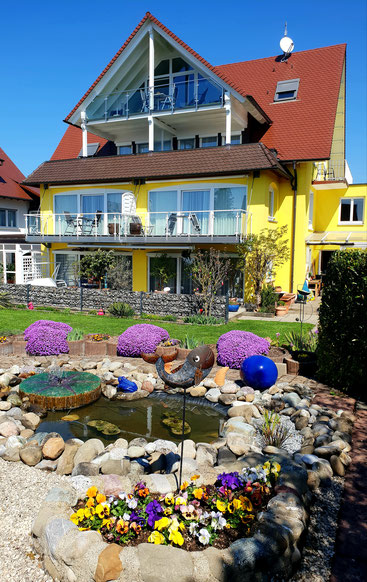 Ferienwohnungen am Bodensee mit Seeblick