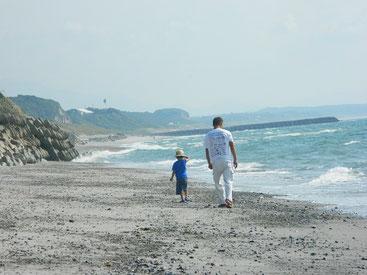 みんなランチした後は、海岸散策~~ 風が気持ち良かった♪