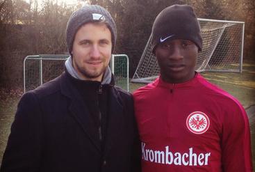 Mit Boubacar Traoré beim Probetraining in Frankfurt 2017