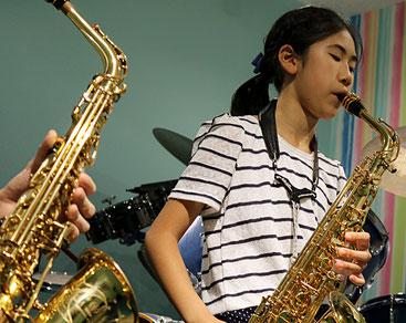 音楽教室あもーるのサックスの生徒様写真