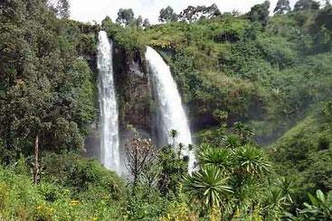 Malakisi Falls