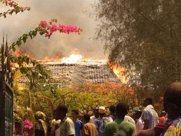 Devastante incendio a Malindi - 10 aprile 2019