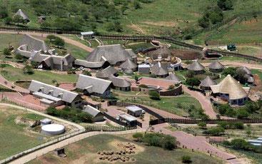 Il compound di Jacob Zuma a Nkandla, Sudafrica, la cui ristrutturazione è costata 13 milioni di euro
