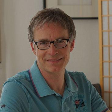 Dr.med. Joachim F. Lüthy, Facharzt für Chirurgie