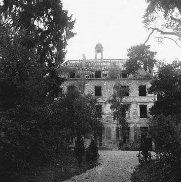 Ruines du château de la Cour Roland.