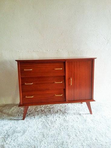 commode placard bahut vintage muros design et vintage en bourgogne. Black Bedroom Furniture Sets. Home Design Ideas