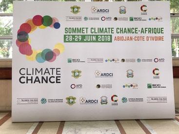 Blu Karb présente sa technologie de production de charbon de bois lors du sommet d'Abidjan