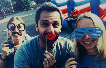 Gelassenheit und Humor und Miteinander: Unser Marketing-Team