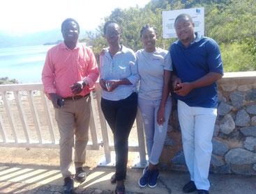 El equipo de evaluación: Peter Chawira, Patricia Mamba, Elizabeth Ngodza y Clifford Dlamini