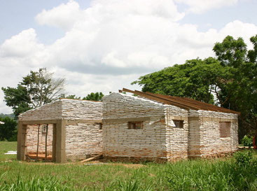 Earthbag building house