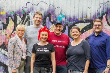 Organisieren den Kifo-Betrieb im Hintergrund: Andrea Lange-Reichardt (Jugendamt), Gabriel Braun (Jugendpflege), Anke Pöschke (Kifo-Leitung), Jörg Blanke (Kifo-Gründer), Inga Lietzmann und Achim Biesenbach (SJR Vorstand)