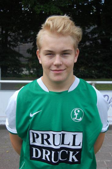 Niklas Neumann mühte sich vergblich gegen die körperlich und spielerisch überlegenen Gegner