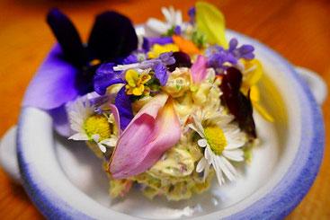 Blütenbutter
