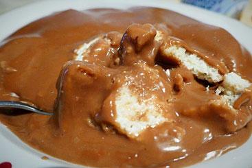 Baisisch veganer Pudding mit Dinkelzwieback