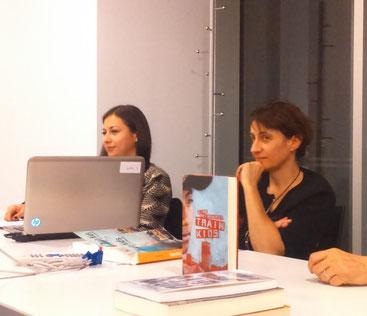 D'esquerra a dreta: Renata Calderón i Montserrat Franquesa