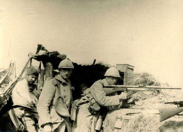 Porte-chargeurs de Chauchat - source www.premiere-guerre-mondiale-1914-1918.com