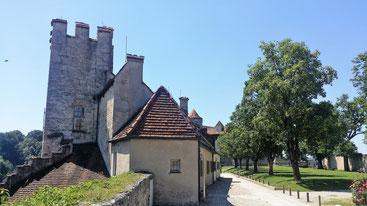 Burg Burghausen, 1. Hof