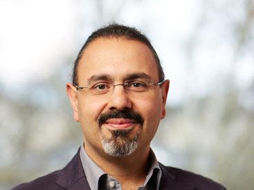 Kurosch Yazdi ist u. a. Vorstand der Klinik für Psychiatrie mit Schwerpunkt Suchtmedizin am Kepler Universitätsklinikum und Leiter der Ambulanz für Spielsucht.
