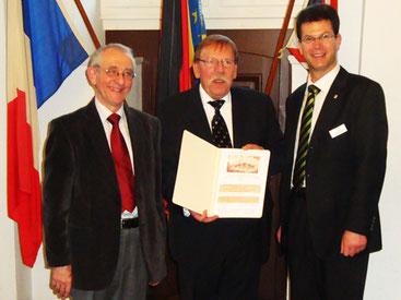 Prof. Dr. Horst A. Wessel, Friedhelm Limbeck, Bürgermeister Alexander Büttner