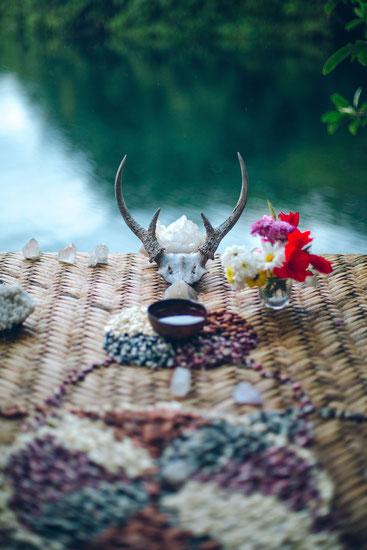 Die Verbindung mit der geistigen Welt ist die Grundlage für schamanische Arbeit