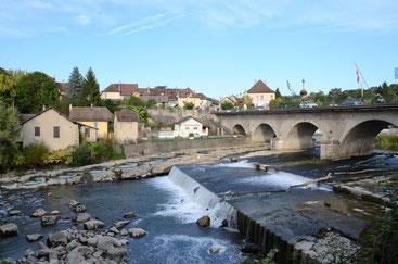 Le guiers rivière de saint genix sur guiers pays de la brasserie de la mousse du Guiers en savoie