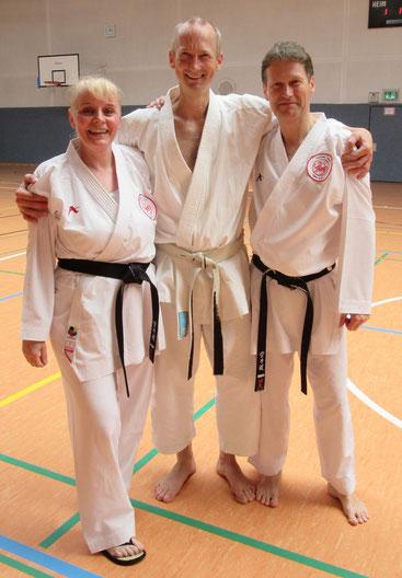 v. l.: Friederike Zeifang, Rudolf Preuß (5. Dan), Carsten Zeifang im Juni 2017 in Harburg