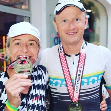 Cornelia und Torsten mit guten Resultaten im Ziel des IM 70.3 Zell am See