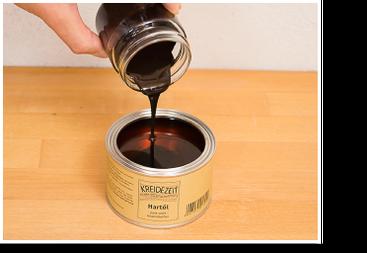 Gemisch zum Öl geben