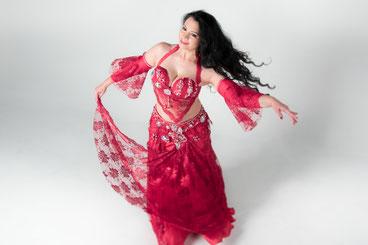 aziza-dance.de