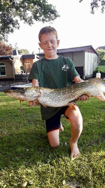 Hechtangeln, Hecht, Drewensee, Mecklenburg, Kinder angeln