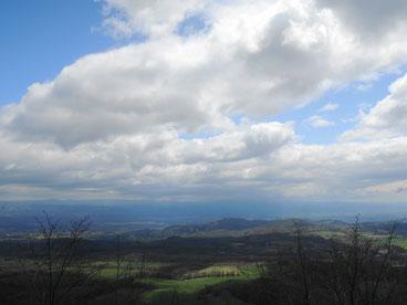 雲・空・緑の大地・・・最高です!