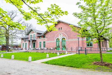 Schützenpark bei Parchim für freie Trauungen und Hochzeitspaarbilder