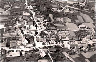 Das Mitteldorf aus der Vogelschau (Datum ?)