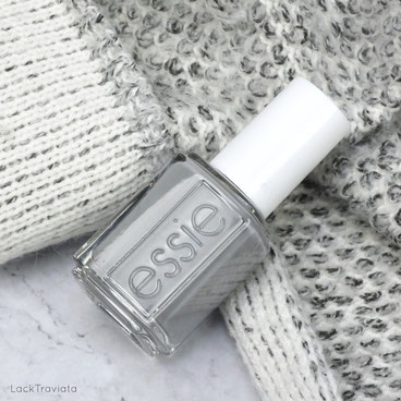 essie • janker chic • Fesch-ionista Oktoberfest Collection 2017 (Germany exclusive)
