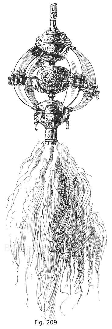 """Fig. 209. Dscheleng oder Halsgehänge eines Pferdes, zur sogenannten """"ungarischen Rüstung"""" des Erzherzogs Ferdinand von Tirol gehörig, aus vergoldetem Silber, mit starken Eberzähnen geziert. Der Busch besteht aus Yakwolle. Zweite Hälfte des 16. Jahrhundert"""