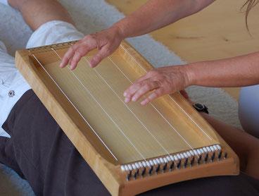 Monochord Bespielungen bei Ganzheitlich Reisen in Herborn