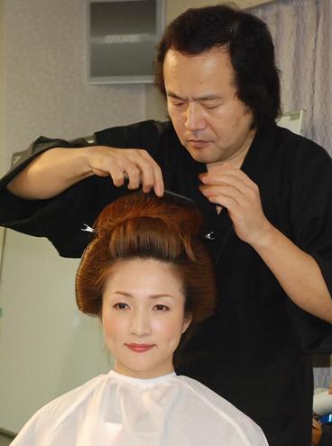 奥の手・禁じ手 なんでもありさ!!短い髪で文金高島田