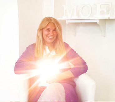 Petra Müller, Spirit Coach, Channelmedium, Graz, Energetikerin