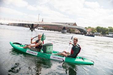 Ein Greenkayak im Einsatz im Hafen von Kopenhagen –die Idee der Greenkayaks kommt aus Dänemark. Foto: Greenkayak/PR
