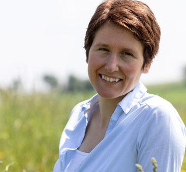 Alexandra Lill, Texterin, Fachbloggerin, Autorin
