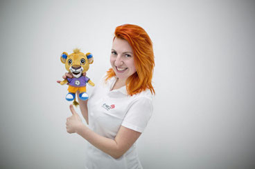Анна Ефимова, сурдопереводчик центра слуха Ю–МЕД в Санкт–Петербурге