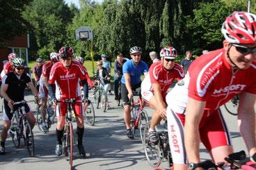 Das Foto entstand im Sommer 2015 in Oesterweg (Volksradfahren)