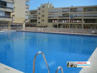 Klik op de foto om het zwembad te zien