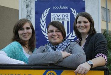Seit sieben Monaten im Amt: das Vorstands-Damen-Trio des SV 09 Flörsheim mit Kassiererin Nadine Lehmann, Schriftführerin Christina Hauck und der Vorsitzenden Lena Kleinfeldt.
