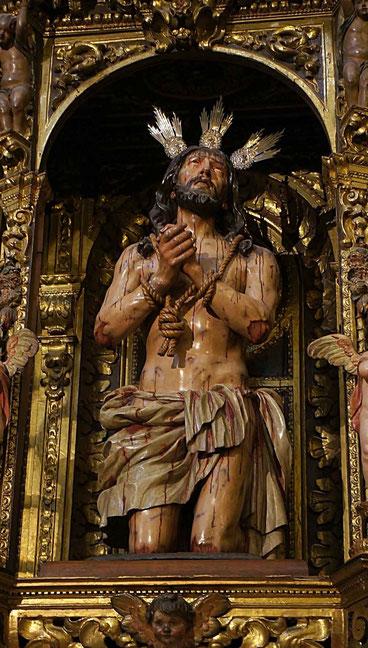 Photographie, Espagne, Andalousie, Séville, dolorisme, sculpture sur bois, Christ, église de l'hôpital de la Charité, art, Mathieu Guillochon.