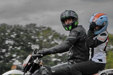 stage de conduite moto, perfectionnement moto