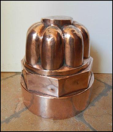 moules en cuivres  anciens .bavarois charlotte