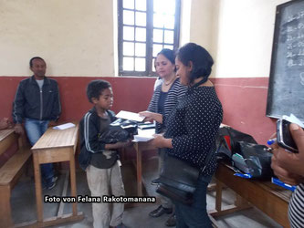 Die Nationalstraße RN5 von Ambilobe nach Vohemar (Januar 2015)