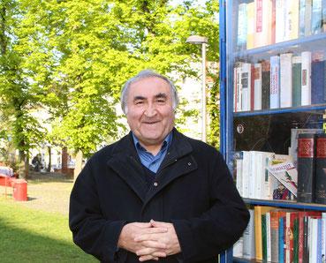 Ali Demir, Vorsitzender des Vereins, im Bürgerpark Berliner Straße