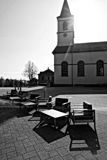 Weiskirchen Kirchplatz Saarland Blitzlichtkabinett